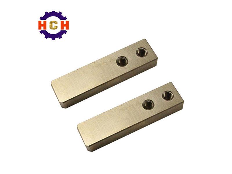 CNC銅部件加工_車零件